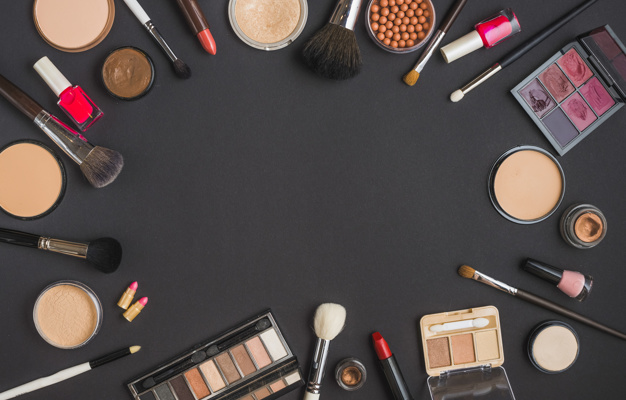 Basic Makeup Kit For Beginners On A